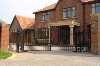 Wrough-Iron-Gates-1