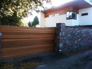 Contemporary-Timber-Sliding-Gates