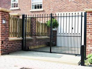 Flat-Top-Wrought-Iron-Gates