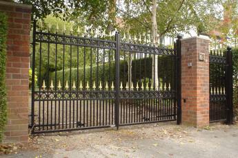 Wrough-Iron-Gates-3
