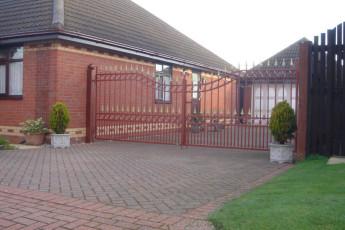 Wrought-Iron-Gates-4