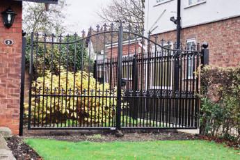 Wrought-Iron-Gates-6