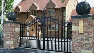 Wrough-Iron-Gates-Hull